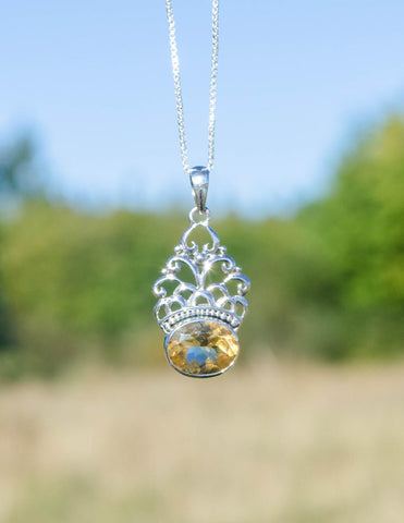 Royal Touch Pendant