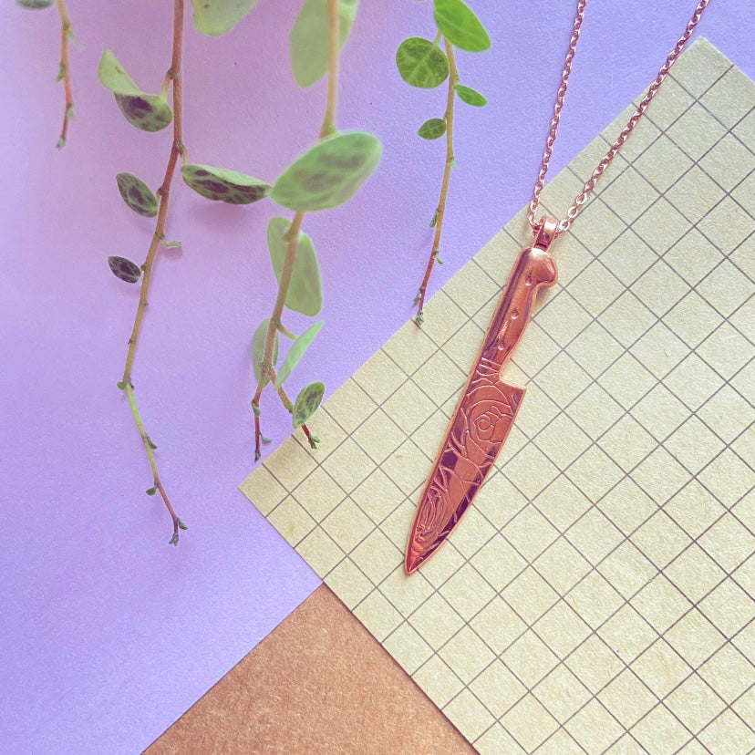 Rose Pink-Gold Knife Necklace