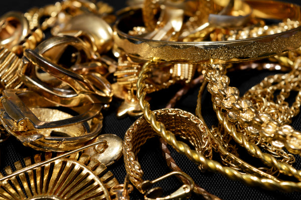 How to Test if Your Jewelry is Really 18 Karat Gold | Di