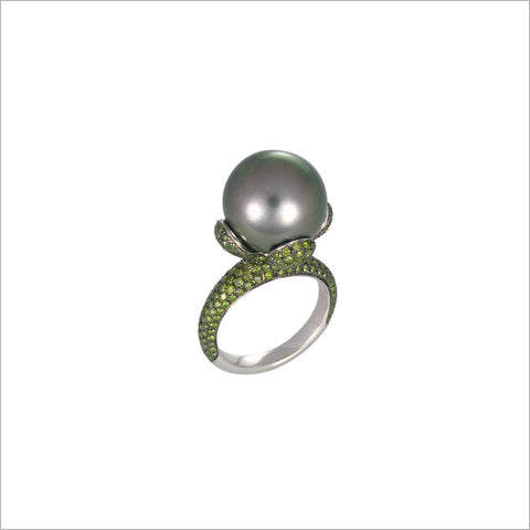 Couture 18K Gold & Tahetian Pearl Ring with Green Diamonds