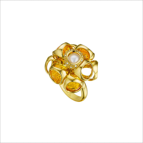 Icona Golden Quartz & Pearl Cluster Ring in sterling silver plated with 18K yellow gold with diamonds