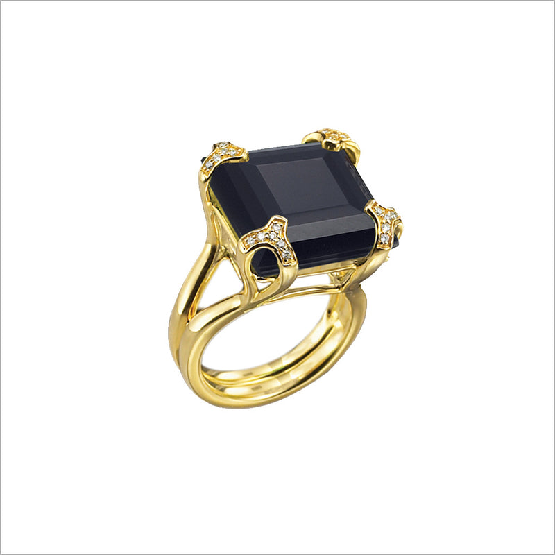 Soirée Black Onyx & Diamond Ring in Sterling Silver plated with 18k Yellow Gold