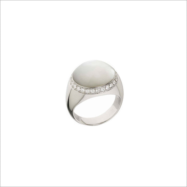 Tempia 18K White Gold & Mother of Pearl Ring with Diamonds