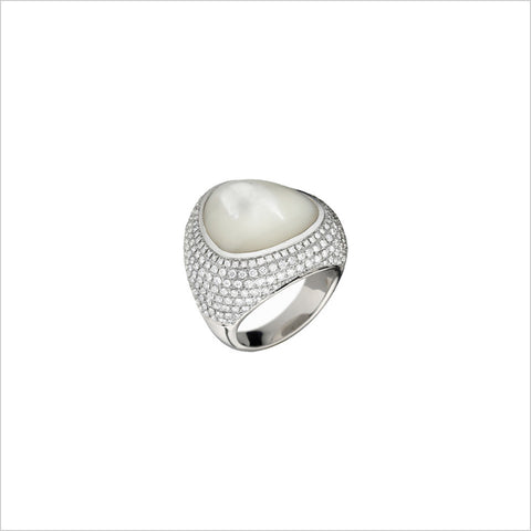 Triadra 18K Gold & Mother of Pearl Ring with Diamonds