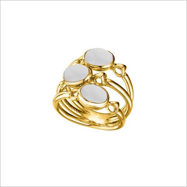 Lolita White Agate Ring in Sterling Silver plated with 18k Yellow Gold