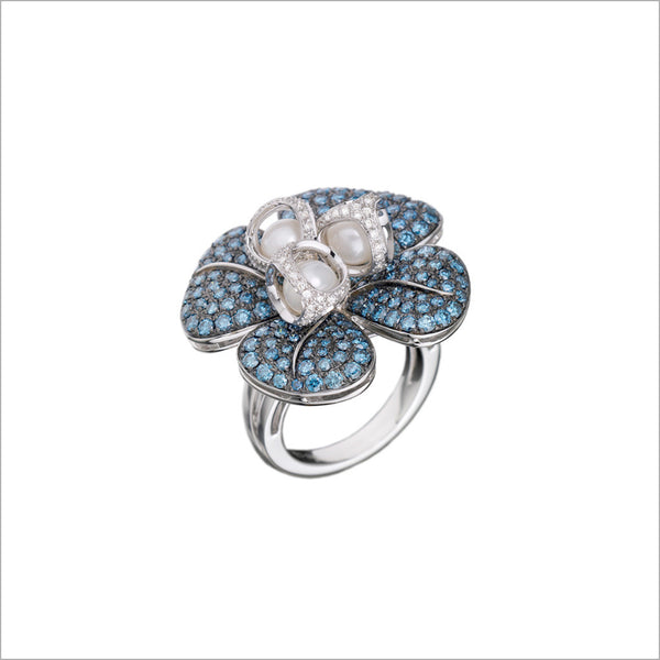 Triadra 18K White Gold & Blue Sapphire Flower Ring with Diamonds
