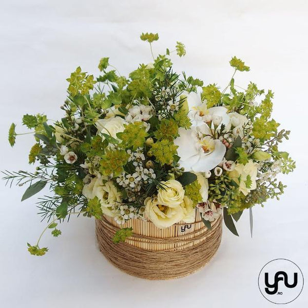 Aranjament floral orhidee lisianthus wax _ A207