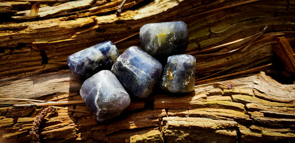 Iolite ~For Visions + Journeying