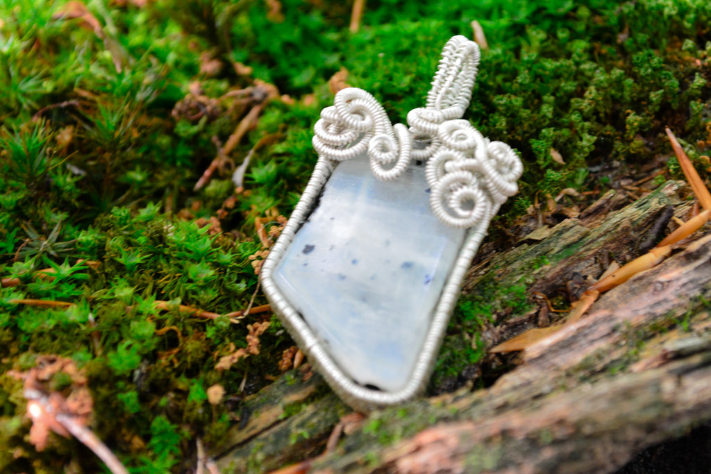Selene~Rainbow Moonstone Amulet for Connecting with your Inner Goddess - Wild Witchery