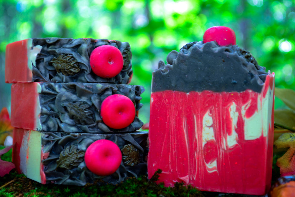Apples + Oak Soap - Wild Witchery