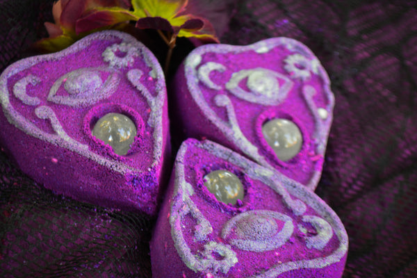 Crystal Ball Planchette Bath Bomb - Wild Witchery
