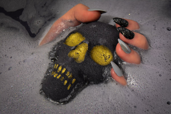 Black Death Skull Bath Bomb~For Bathing with the Shades - Wild Witchery