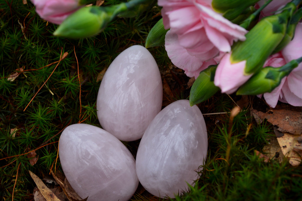 Rose Quartz Egg~For Fertility, Nurturing & Growth - Wild Witchery