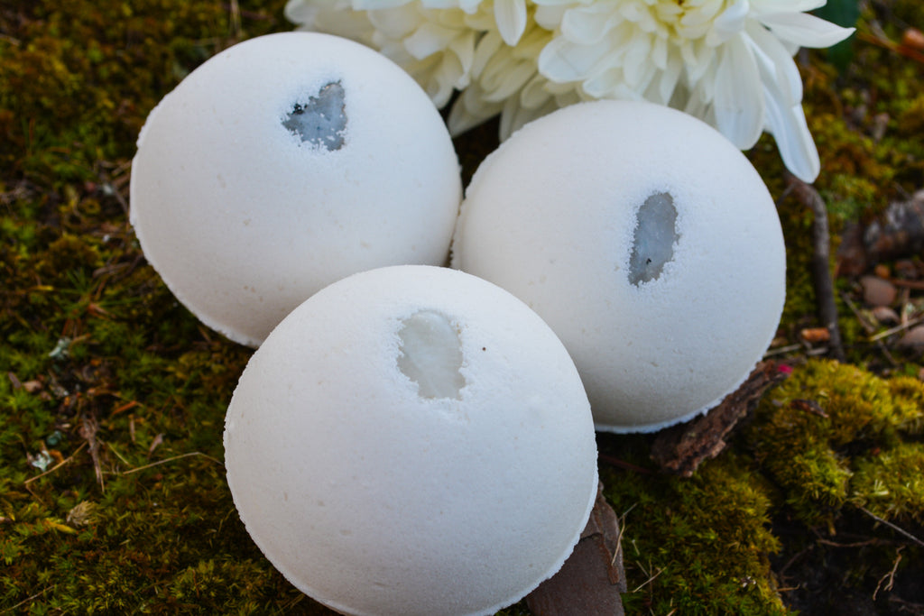 Moonstone Bath Bomb~To Bathe in the Energy of Moonstone - Wild Witchery