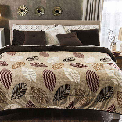 Winter Bed Cover Leaf
