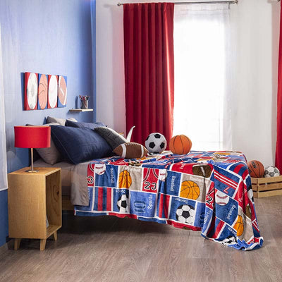 Sports blanket for boys. Ligth and soft!