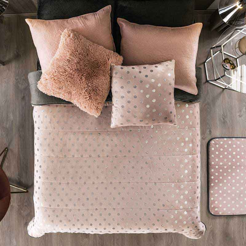 Pink Winter blanket, silver metallic details