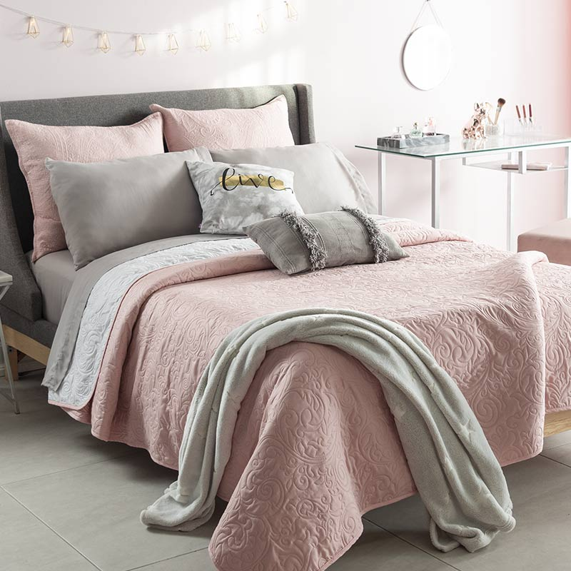 Soft Pink Reversible Quilt