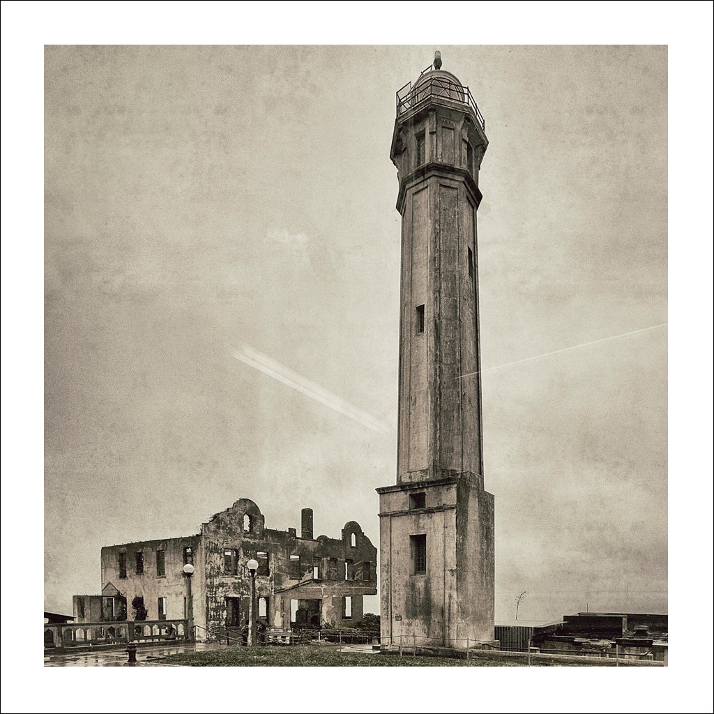 Alcatraz # 5, Lighthouse, San Francisco Bay, California, 2009 | Limited Edition Archival Photograph | © 2007-2016 Richard Johnson Photography Inc. | richardjohnsongallery.com