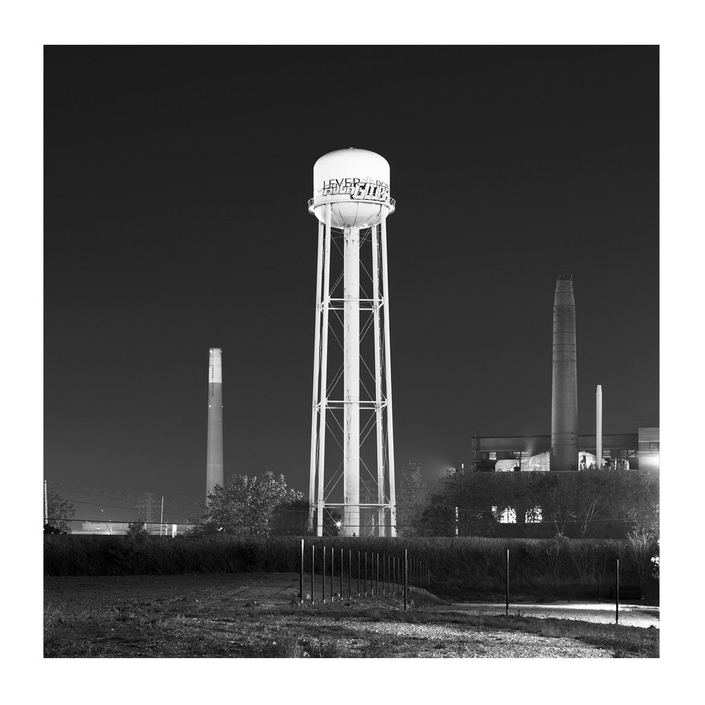 Elevated Water Tank, Lever # 2, Toronto, Ontario, Canada, 2008 | Limited Edition Archival Photograph | © 2007-2016 Richard Johnson Photography Inc. | richardjohnsongallery.com