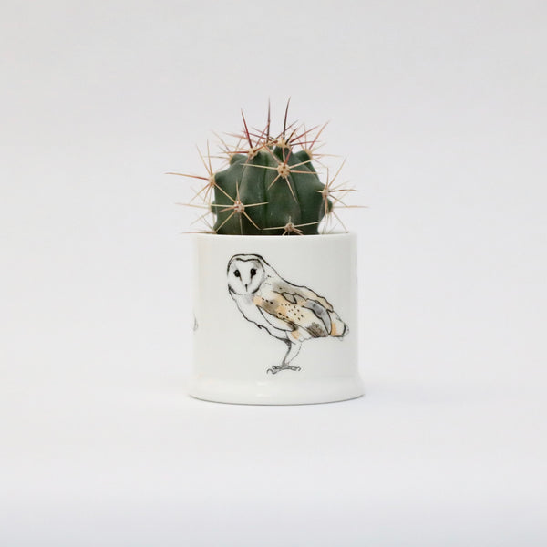 Barn owl candle pot