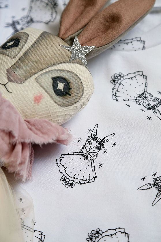 Thicket & Thimble Collaboration Hare Lovey