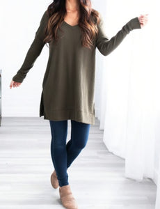 Remi V-Neck Tunic Sweater - Dark Olive