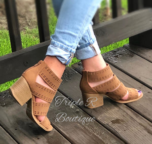 Emily Open Toe Stacked Heels - Camel