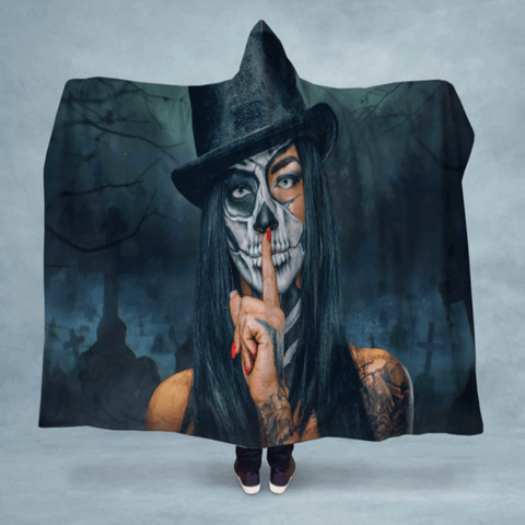 Skull Face Top Hat Hooded Blanket