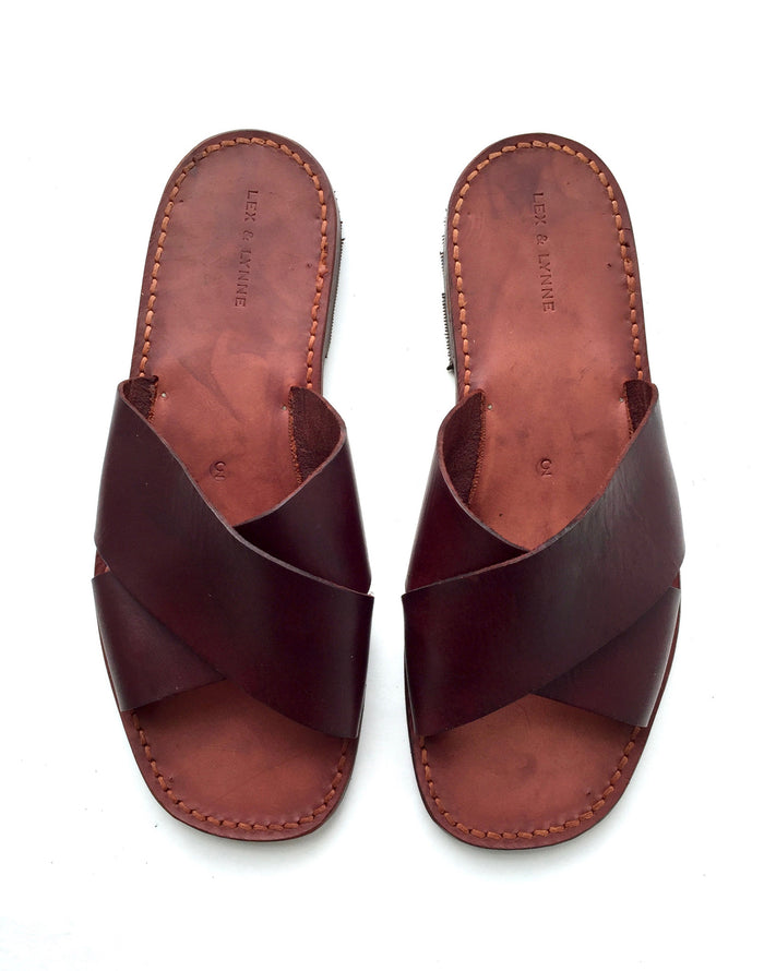 William Sandal // Walnut - Mick & Kip