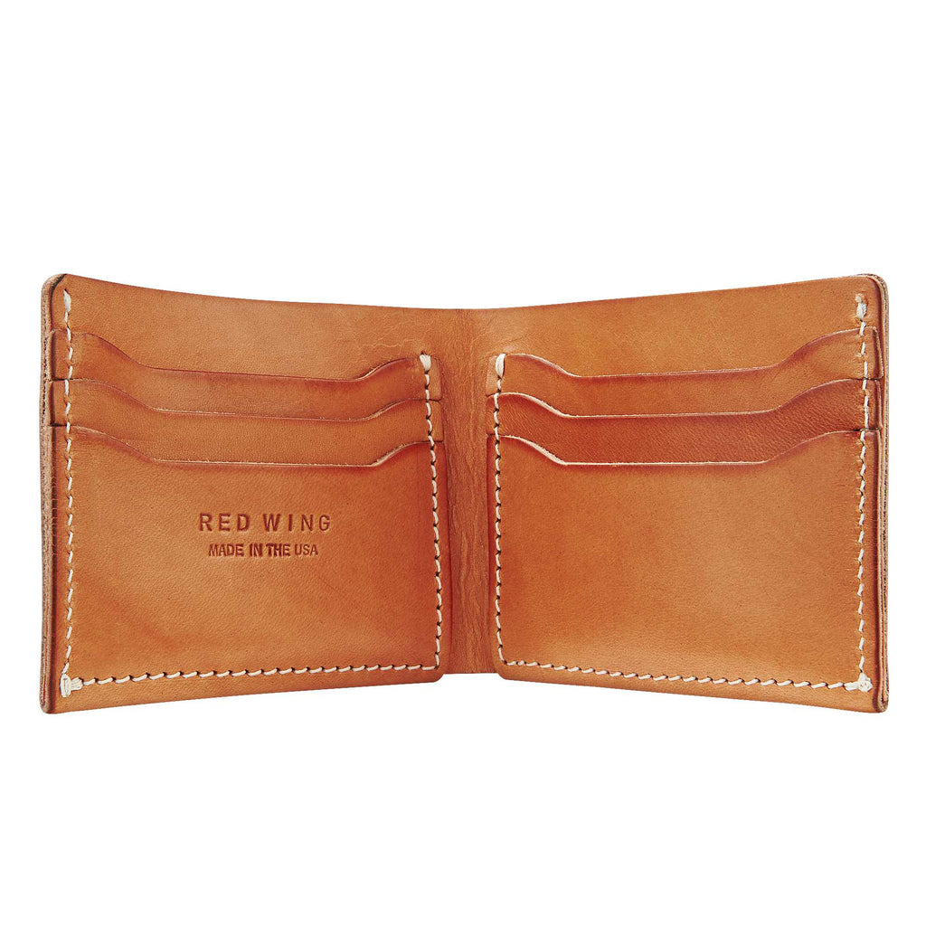 Classic Bifold in Light Brown Leather