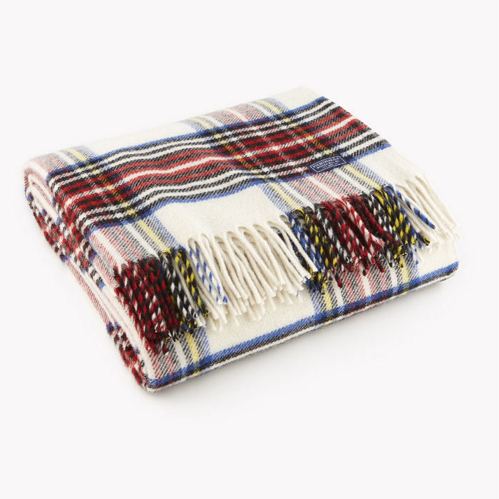 Stewart Plaid Throw in White