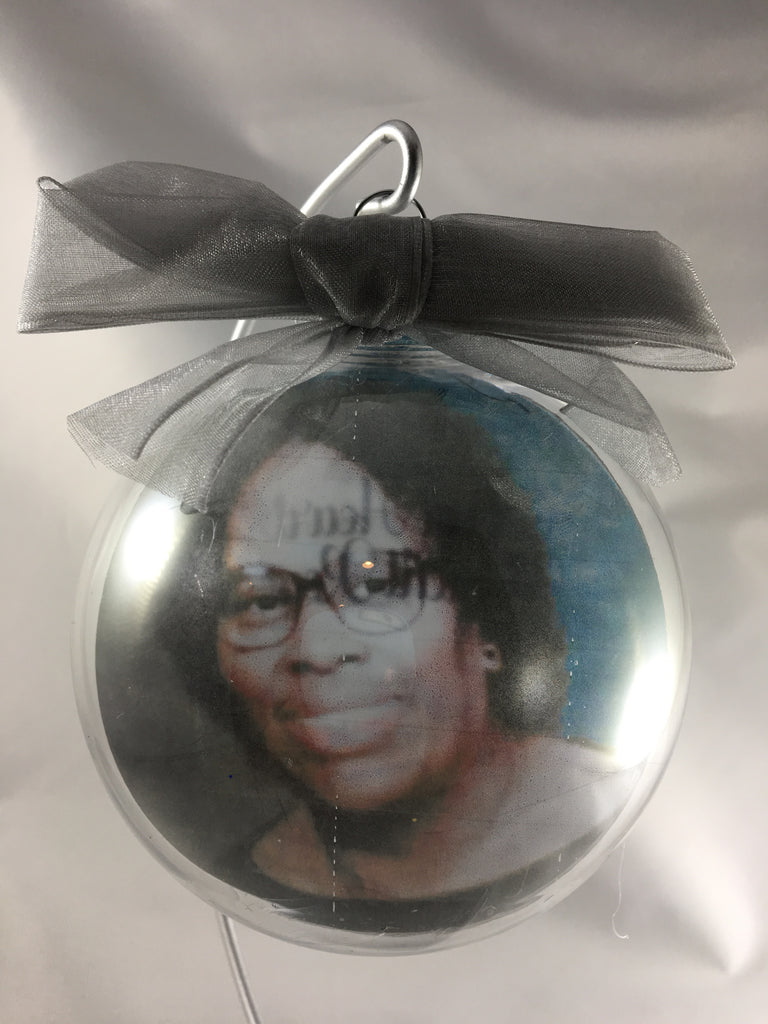 Floating Photo Christmas Ornament