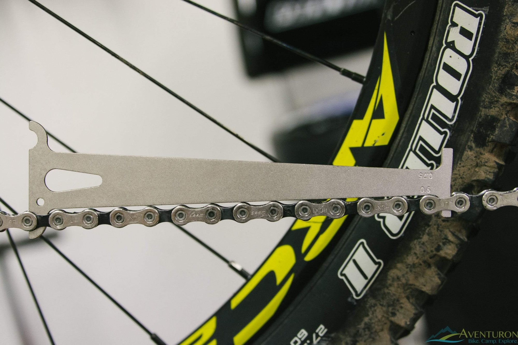Is it time for a new chain? Find out quickly with the Park Tool CC-3.2 Chain Wear Indicator