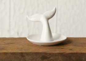 Whale Tail Ring Holder