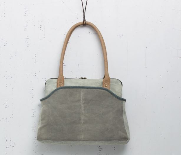Indio Shoulder Bag