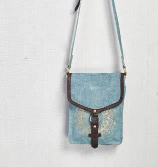 medallion crossbody mona b purse