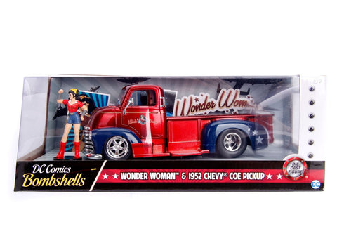 Hollywood Rides 1: 24 Vehicle - 1952 Checy COE Pickup w/ Wonder Woman Figure