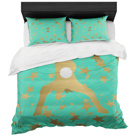 Female Volleyball Player Silhouette in Gold with Stars on Aqua Duvet Bed-in-a-Bag Set with 2 Pillow Shams