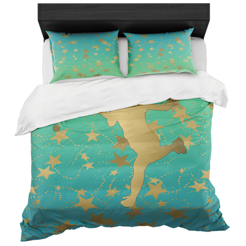 Female Tennis Player Silhouette in Gold with Stars on Blue to Lime Gradient Duvet Bed-in-a-Bag Set with 2 Pillow Shams