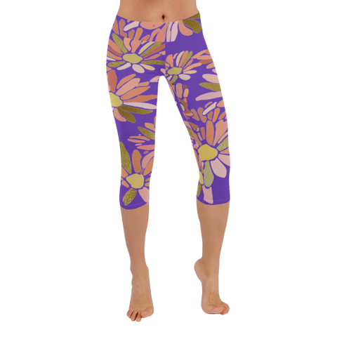 Daisies in Rose and Gold Design Woman's Capri Yoga Legging