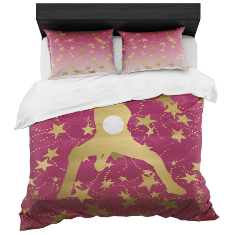Female Volleyball Player Silhouette in Gold with Stars on Berry Duvet Bed-in-a-Bag Set with 2 Pillow Shams