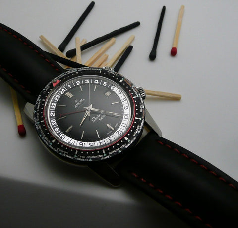 Enicar Sherpa Guide Black dial dotted ring