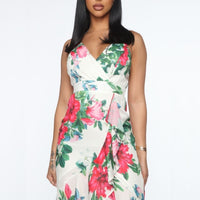 Floral Print Ruffle Maxi Dress