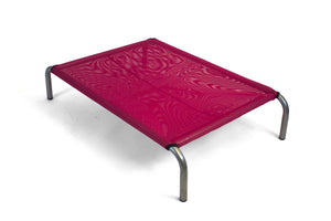 Open image in slideshow, HiK9 Bed with Pink Mesh Cover - HiK9