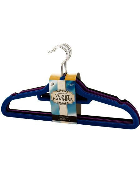 Non-Slip Velvet Hangers (Available in a pack of 1)