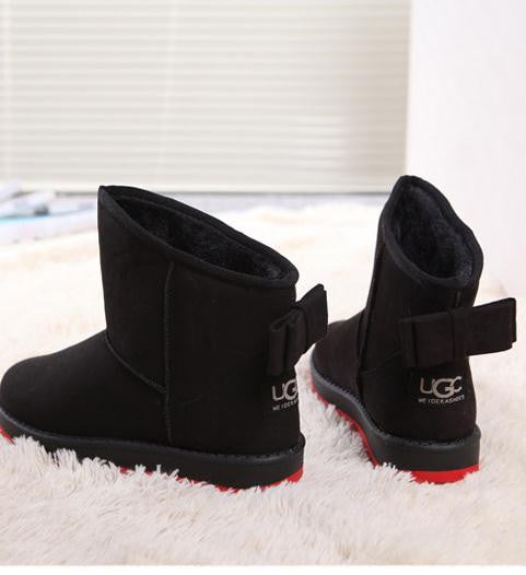 Snow boots fur one female Winter warm waterproof thickening students short boots new short tube bow flat shoes