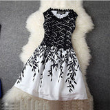 2016 Fashion Sexy Women Summer Dress Chiffon Dress Elegant Sleeveless O-neck Embroidery Lace vestidos Large Size Bottoming Dress