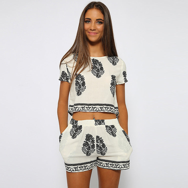 Vintage Style Women summer Casual Print O-Neck Short Sleeve Crop Tops + Elastic Waist Shorts Two Piece Set