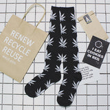 hiphop Maple Leaf Original skateboard Cycle street dead fly weed retro Harajuku girls West Coast Tall cotton knee stockings